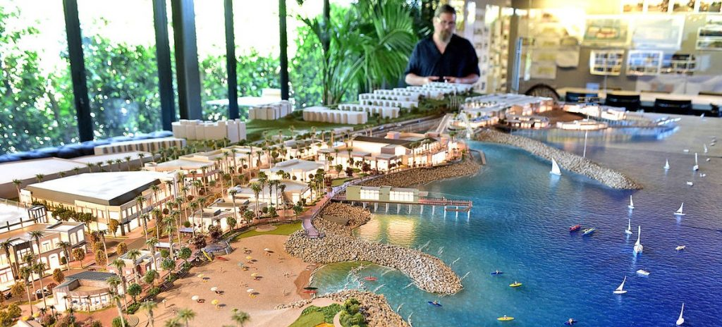 redonod-beach-waterfront-model